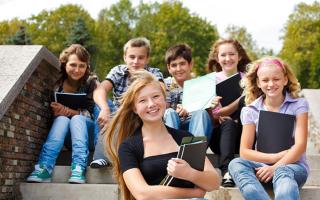 15 лучших летних языковых лагерей — Рейтинг 2020